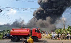 Cháy lớn tại công ty sản xuất đồ nhựa ở Đồng Nai