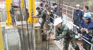 Sự cố kẹt van thủy điện Đắk Kar: Tích nước khi công trình chưa hoàn thiện