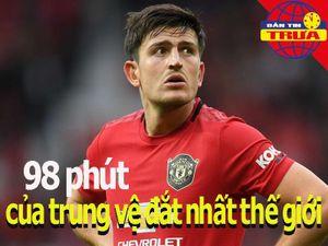 98 phút của trung vệ đắt nhất thế giới; Treo còi bốn trọng tài