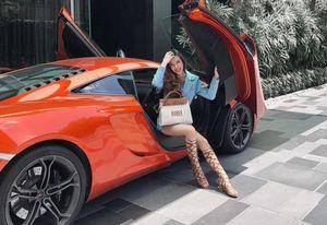 Lộ diện hot girl 'chất chơi' choáng đến mức mỗi ngày thay 1 siêu xe