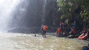 Gia Lai: Tìm thấy thi thể 3 thanh niên tử vong ở thác nước