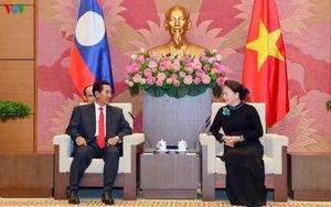 Chủ tịch Quốc hội tiếp Phó Chủ tịch Quốc hội Lào