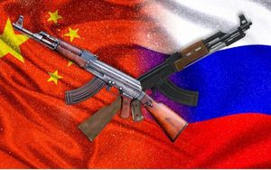 'Đại chiến' súng AK: Hàng của Nga hay Trung Quốc tốt hơn?