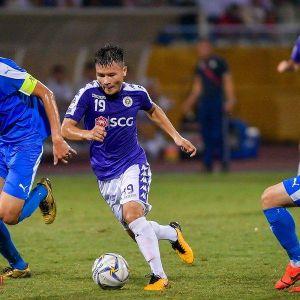 Màn trình diễn của Quang Hải trên sân Hàng Đẫy, hàng nghìn cổ động viên nghẹt thở vì Hà Nội FC
