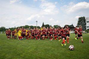 Học viện Bóng đá AC Milan Hà Nội chính thức tuyển học viên