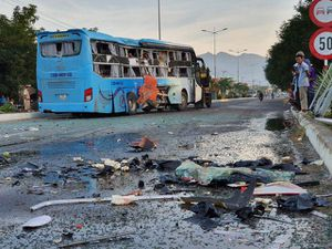 Cơ quan chức năng công bố dữ liệu vụ hai xe khách tông nhau tại Khánh Hòa