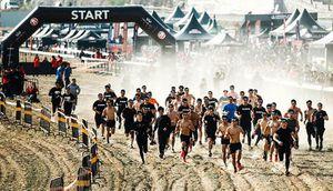Hơn 1.000 người tham gia Giải chạy vượt chướng ngại vật