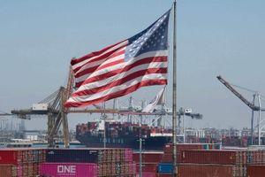 Nhà bán lẻ Mỹ 'chạy đua' mua hàng Trung Quốc để tránh thuế quan mới