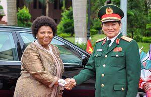 Lễ đón Bộ trưởng Quốc phòng và Cựu chiến binh Nam Phi thăm Việt Nam