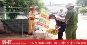 Lộc Hà ra quân giải tỏa hành lang các tuyến đường trọng điểm