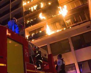 Cháy bệnh viện ở Paris, 9 người thương vong