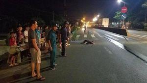 Dân truy bắt xe container chạy khỏi hiện trường sau tai nạn chết người