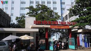 Một trẻ sơ sinh tử vong ở Trung tâm y tế, nghi bị sặc sữa