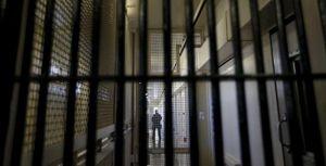 Nghi án công an viên treo cổ khi biết trưởng công an xã bị bắt