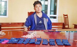 Bắt giữ đối tượng vận chuyển hơn 5.000 viên ma túy tổng hợp và 1 kg thuốc phiện