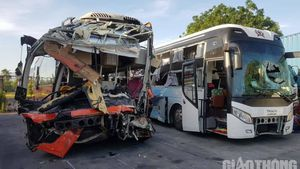 Khởi tố vụ án 2 xe khách tông nhau ở Khánh Hòa