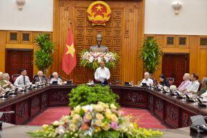 Thủ tướng gặp mặt các đồng chí trực tiếp phục vụ, bảo vệ Bác Hồ