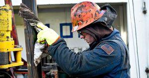 Mỹ sắp 'đổ thêm' rất nhiều dầu vào thị trường đang thừa cung của thế giới