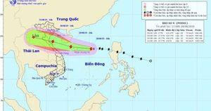 Cập nhật về bão số 4: Tâm bão hướng thẳng từ Nghệ An đến Quảng Bình, sẽ mưa lớn từ 200-400 mm