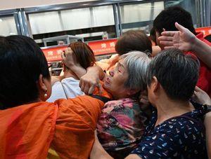 'Vỡ trận' ngày đầu khai trương chuỗi siêu thị Mỹ Costco ở Trung Quốc
