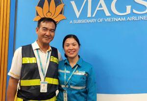 Bộ trưởng GTVT khen ngợi nhân viên hàng không trả lại 1 tỷ cho khách
