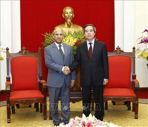 Trưởng Ban Kinh tế Trung ương Nguyễn Văn Bình tiếp Đại sứ Vương quốc Saudi Arabia