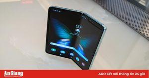 Galaxy Fold đã sẵn sàng để trở lại, đến tay người dùng đầu tháng 9