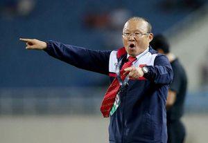 'So găng' mức lương của HLV Park Hang Seo với đồng nghiệp cùng bảng G vòng loại World Cup 2022 với Việt Nam