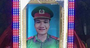 Tiếc thương người lính phòng cháy 'Vì nhân dân quên mình'