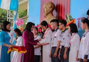 Phó Chủ tịch nước dự khai giảng tại Trường chuyên Lê Hồng Phong, Nam Định