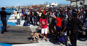 Người dân Bahamas vội vã di tản để thoát khỏi thảm cảnh kinh hoàng