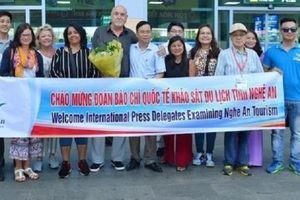 Đoàn nhà báo từ 8 quốc gia ấn tượng với các điểm du lịch Nghệ An