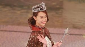 'Tiểu Quách Khả Doanh' lên ngôi Hoa hậu Hong Kong 2019