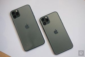 Trên tay iPhone 11 và iPhone 11 Pro: 'Chất' hơn iPhone XS, lấn cấn nhất vẫn là cụm camera lồi
