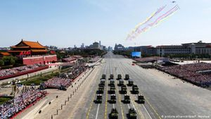 Xung quanh việc Trung Quốc tổ chức diễu binh kỷ niệm 70 năm Quốc khánh lớn chưa từng thấy
