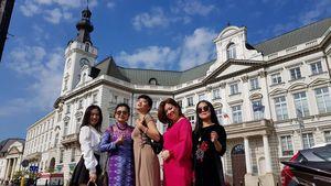 'Tôi yêu tiếng nước tôi' bắt đầu ở thủ đô Ba Lan
