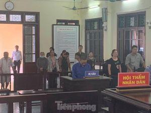 Cán bộ phường dâm ô trẻ em nhận án tù 2 năm