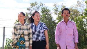Phú Yên: Hai hộ dân nghèo 'chân lấm tay bùn' tình nguyện hiến hơn 22.000 m2 đất xây trường học