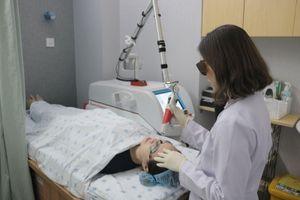 'Tiền mất tật mang' vì trẻ hóa da bằng laser ở thẩm mỹ viện kém chất lượng