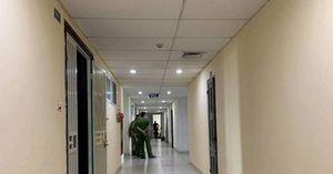 Hà Nội: Người đàn ông chết trong tư thế treo cổ
