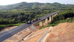 Nhà thầu nội có đủ sức 'gánh' dự án cao tốc Bắc - Nam?