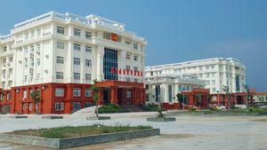 Bí thư Tỉnh ủy Quảng Bình yêu cầu báo cáo vụ tòa nhà Thành ủy Đồng Hới bị nứt