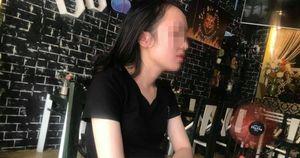 Nữ sinh tố chủ trung tâm tin hôn má, sờ đùi: 'Các bạn bị hại hãy lên tiếng'