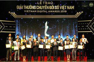 Huyện Khánh Vĩnh được trao giải thưởng Chuyển đổi số Việt Nam 2019