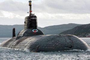 Vì sao 2 tàu ngầm Nga tới căn cứ hải quân ở Syria?