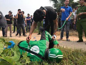 Tài xế GrabBike bị sát hại: Nghi phạm 'diễn' lại cảnh nhát dao đoạt mạng