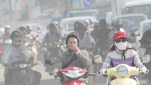 Dân hoang mang vì ô nhiễm không khí, khẩu trang, máy lọc 'đắt như tôm tươi'