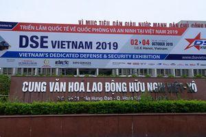 Vũ khí hiện đại tại triển lãm quốc phòng-an ninh ở Hà Nội