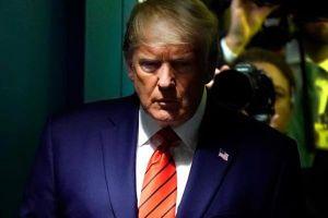 Rộ tin thêm quan chức tình báo sắp ra mặt tố cáo ông Trump