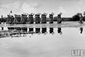 Lính Pháp cuốn cờ rút khỏi Hà Nội 1954 thế nào?